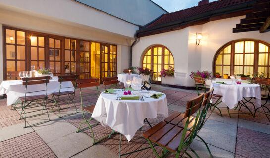 OREA HOTEL CONCERTINO ZLATÁ HUSA Jindrichuv-Hradec
