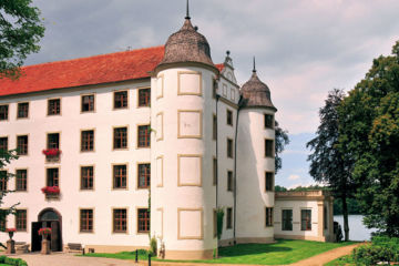 SCHLOSSPENSION PODZAMCZE Krag