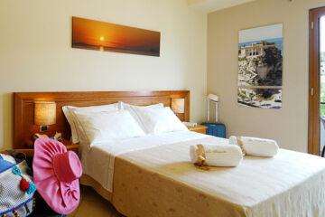 HOTEL LA BUSSOLA Fraz. Capo Vaticano - Ricadi (VV)