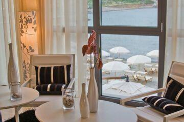 HOTEL RIVIERA DEI FIORI S. Lorenzo al Mare (IM)