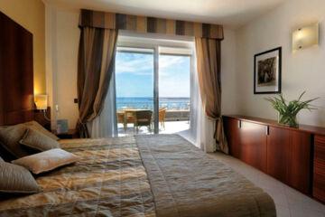 HOTEL AREGAI MARINA Santo Stefano al Mare (IM)