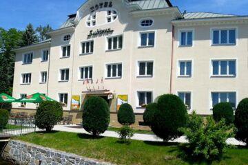 HOTEL SUBTERRA Ostrov